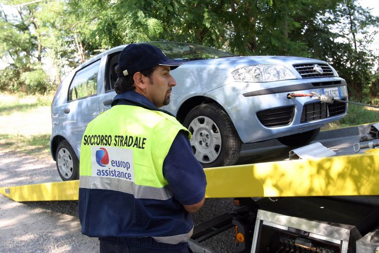 assistenza carroattrezzi assicurazioni
