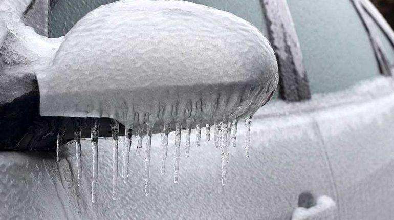 come aprire portiera bloccata dal ghiaccio