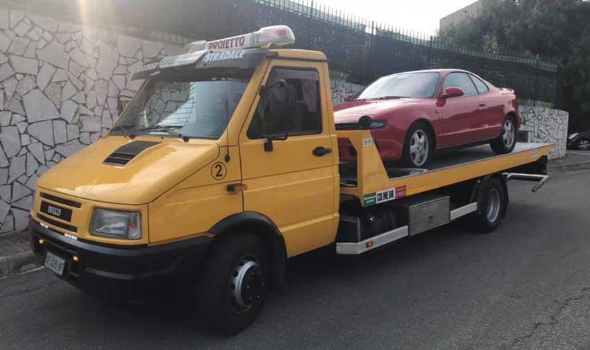 rottamazione auto Messina, demolizione moto furgoni e scooter